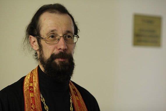 Молитва Николаю Чудоворцу, изменяющая судьбу: мнения священников