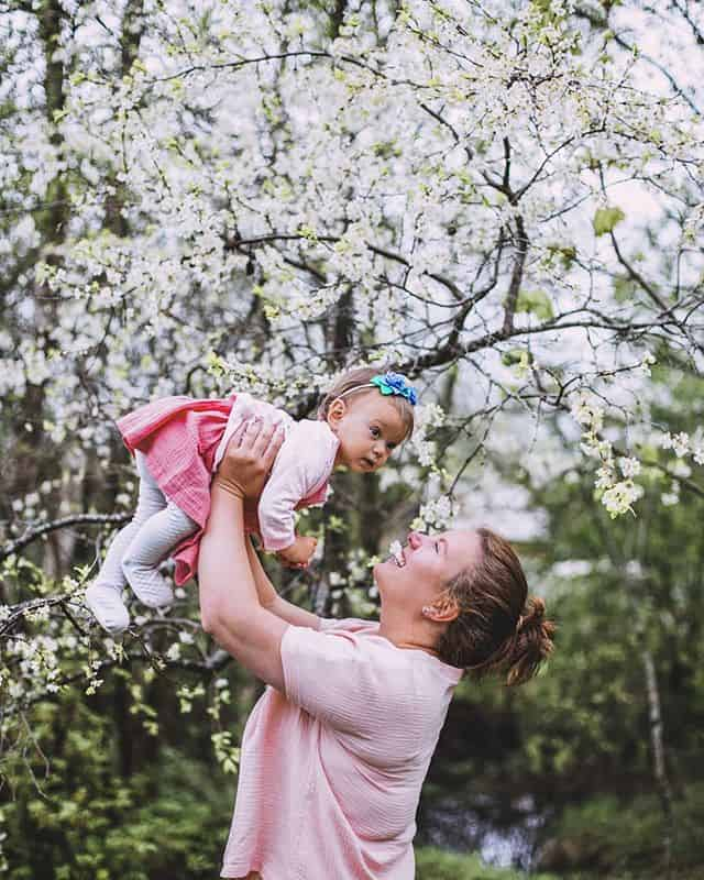 """Фотофестиваль """"Счастье можно родить"""" журнала """"Фома"""" и движения """"Женщины за жизнь"""""""