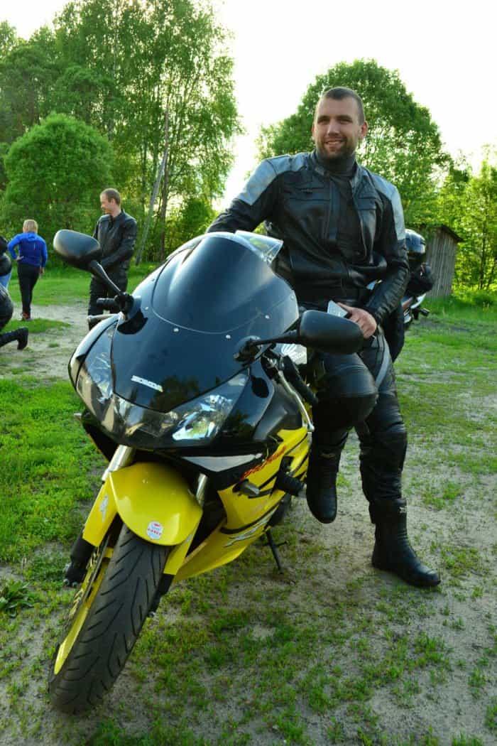 Священник организовал музей автоистории в мордовском поселке