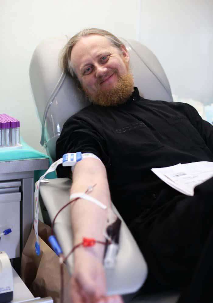 Владыка Донор: зачем православный епископ уже 16 лет сдает свою кровь