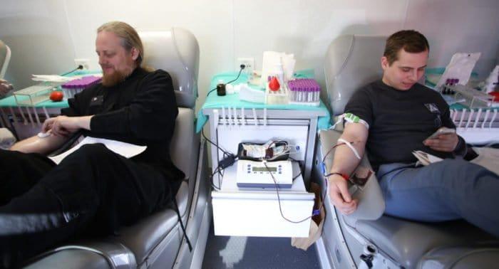 Владыка Донор: зачем православный епископ уже много лет сдает свою кровь