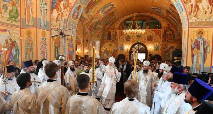 Патриарх Кирилл освятил в поселке Рублево храм в честь иконы «Неувядаемый Цвет»