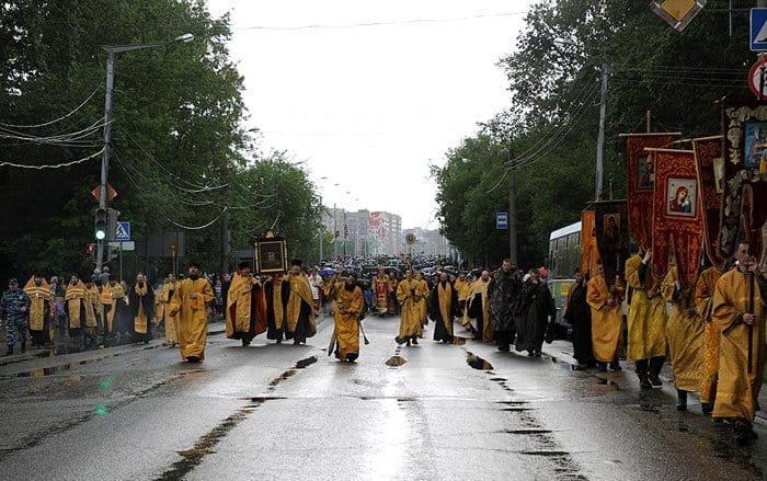 Около 27 тысяч человек отправились в Великорецкий крестный ход
