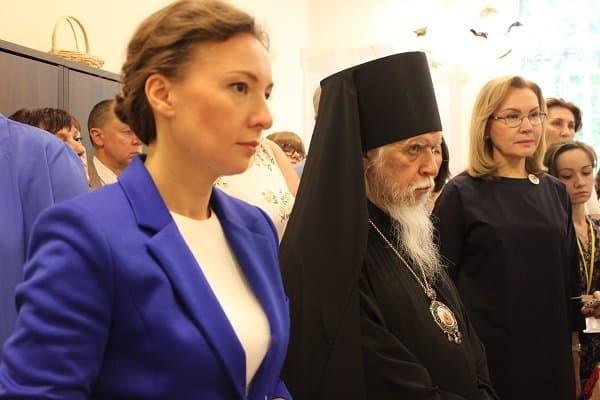Добровольцы «Милосердия» помогают в первом в России кризисном отделении для подростков