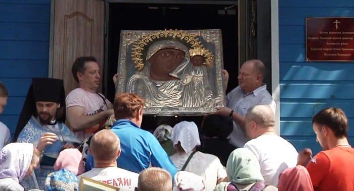 «Меня не спасли, но Я здесь»: в Чимеевском монастыре рассказали о чуде по молитве к сгоревшей иконе Богородицы