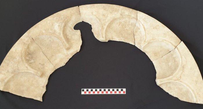 Найдены купель и алтарный стол одного из древнейших христианских храмов в России