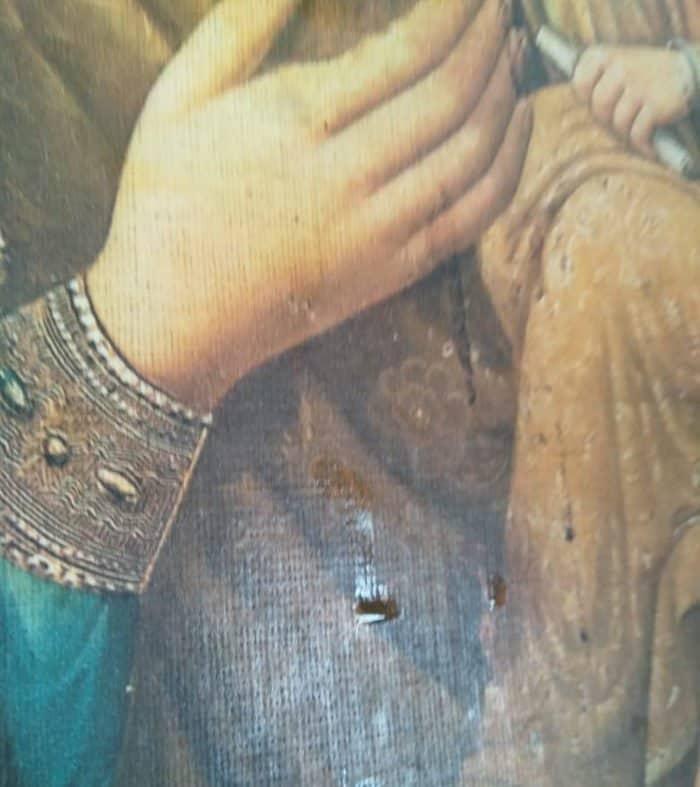 В день памяти Тихвинской Львовской иконы Богородицы замироточил ее точный список