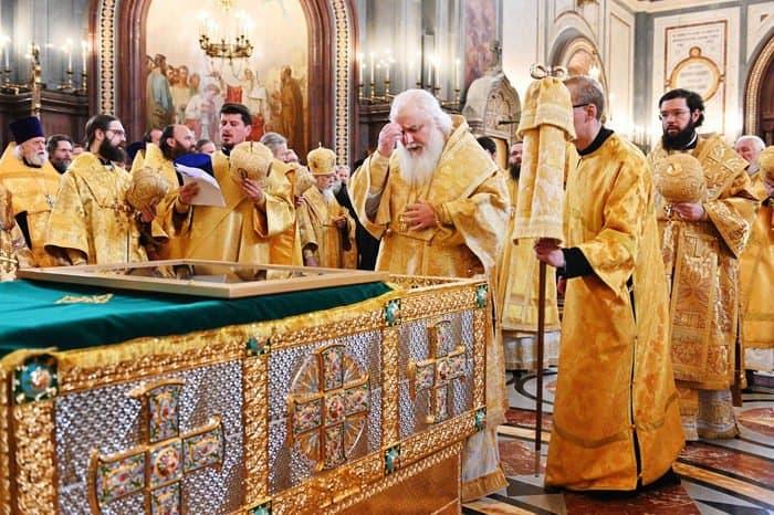 В Москву впервые принесены мощи святых Петра и Февронии Муромских