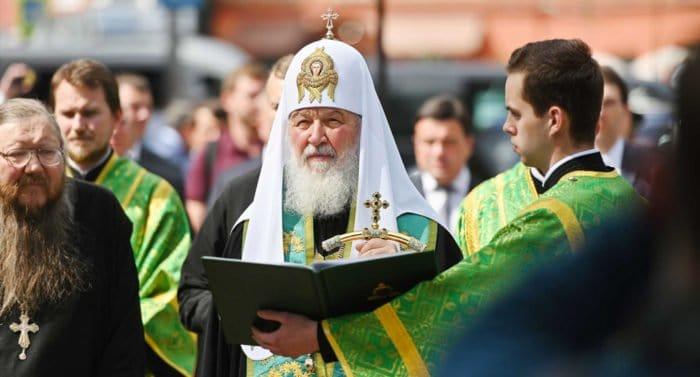 Патриарх Кирилл признался, что осознать подвиг новомучеников ему помогли рассказы деда