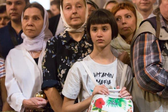 На Преображение Господне патриарх Кирилл помолился с верующими Санкт-Петербурга