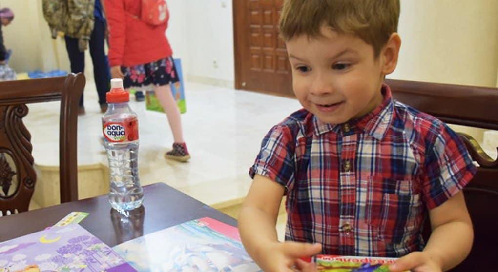 Монахини в Екатеринбурге собирают наборы к школе для малоимущих, а жертвователям дарят книги