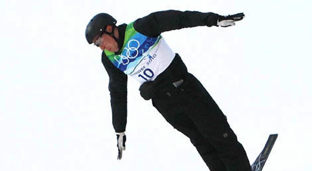 Олимпийский чемпион из Беларуси продал свои медали, чтобы помочь другу-инвалиду