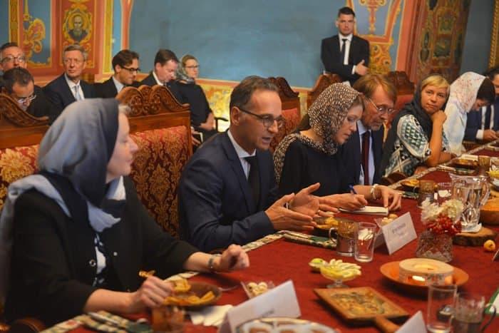 Глава МИД Германии узнал об истории и святынях Новоспасского монастыря