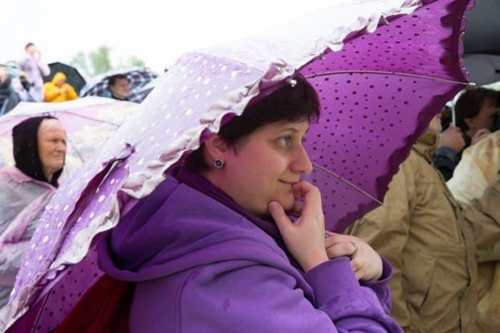 Музыка под дождем: у стен уникального храма в Подмоклово прошел юбилейный фестиваль классической музыки