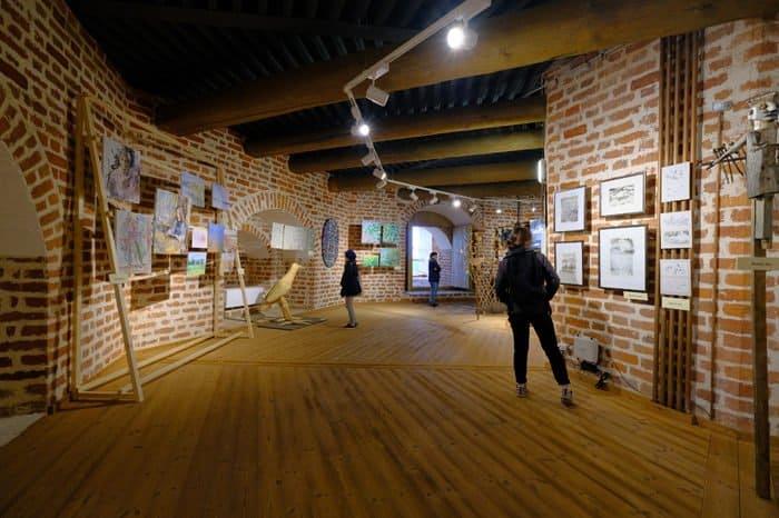 18 ярусов выставочных площадок создали в башнях Кирилло-Белозерского монастыря