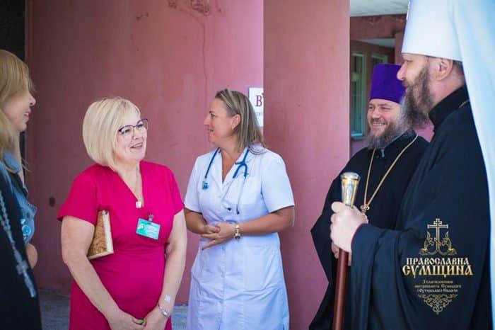 Сумская епархия передала дорогостоящие лекарства тяжелобольным детям
