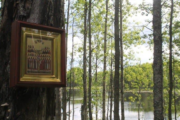 На месте гибели двух соловецких новомучеников впервые за 90 лет совершили Литургию