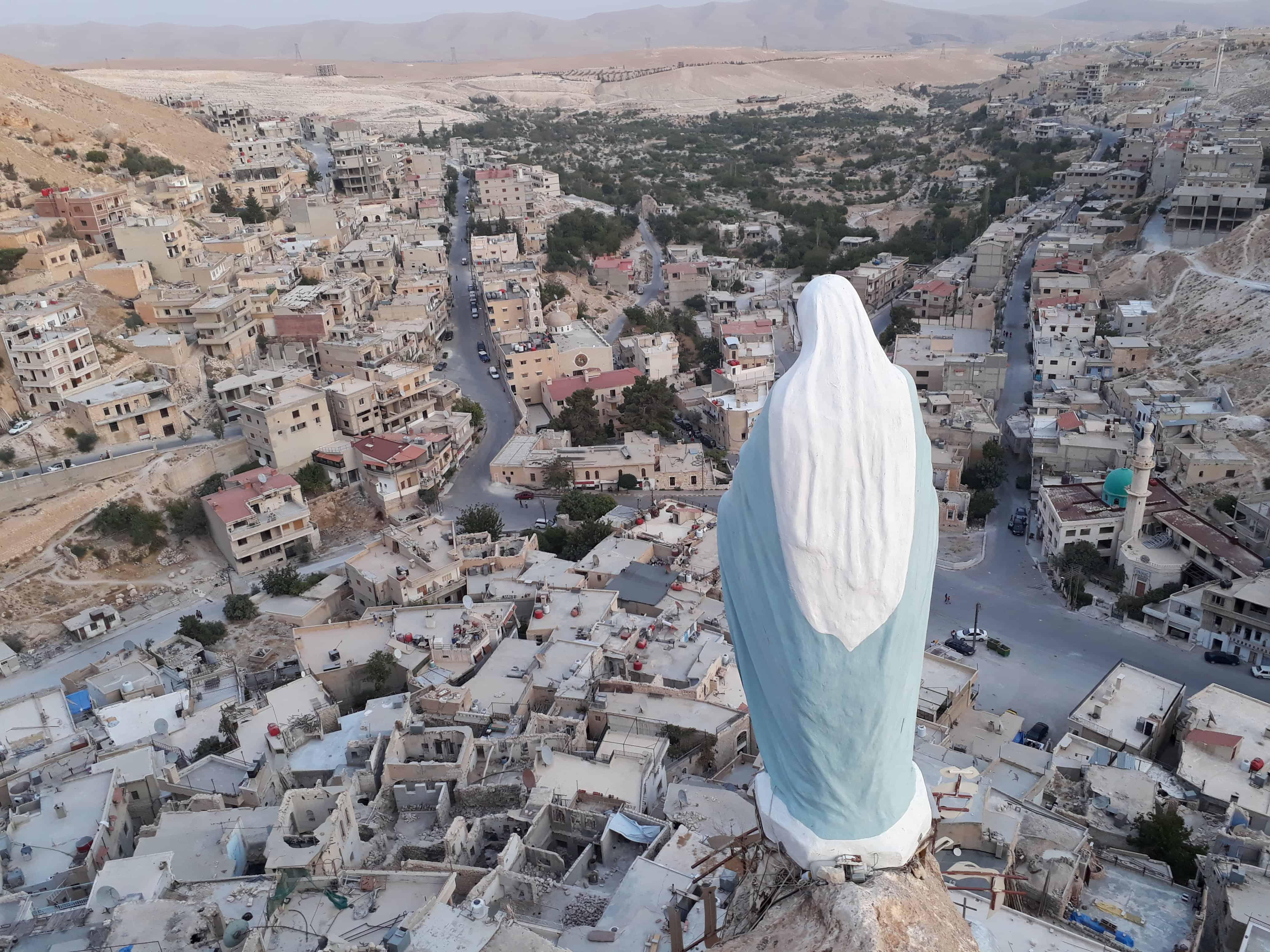 Бог и бомбы: как выглядят и как живут сегодня святыни Сирии