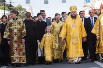 Крестный ход в Петербурге в честь святого князя Александра Невского. Фото Сони Дудовой/Санкт-Петербургская митрополия