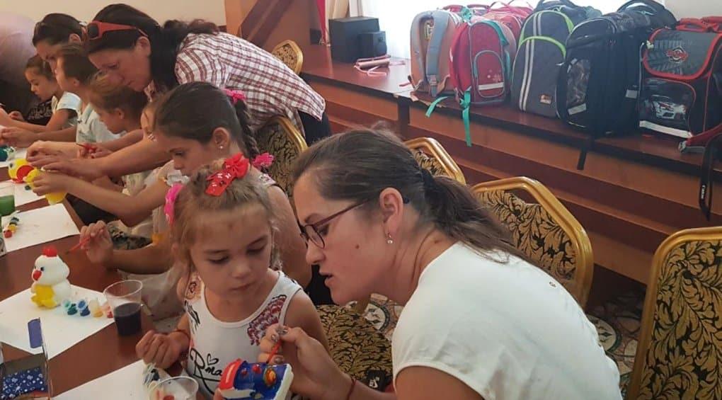 Читатели «Фомы» собрали в школу детей Гагаузии. Мы сделали это!