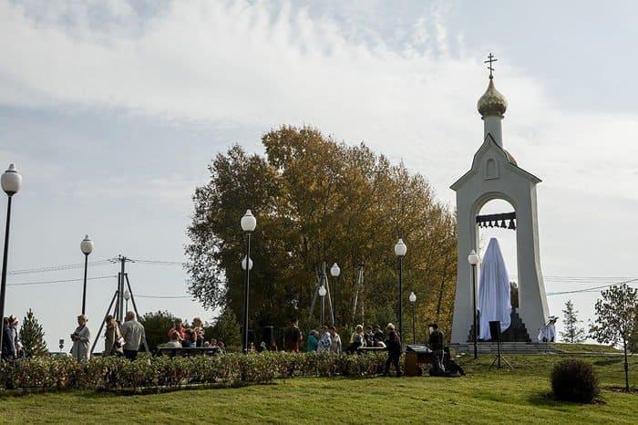 На Кузбассе открыли памятник святому, собравшему одну из лучших в Сибири библиотек