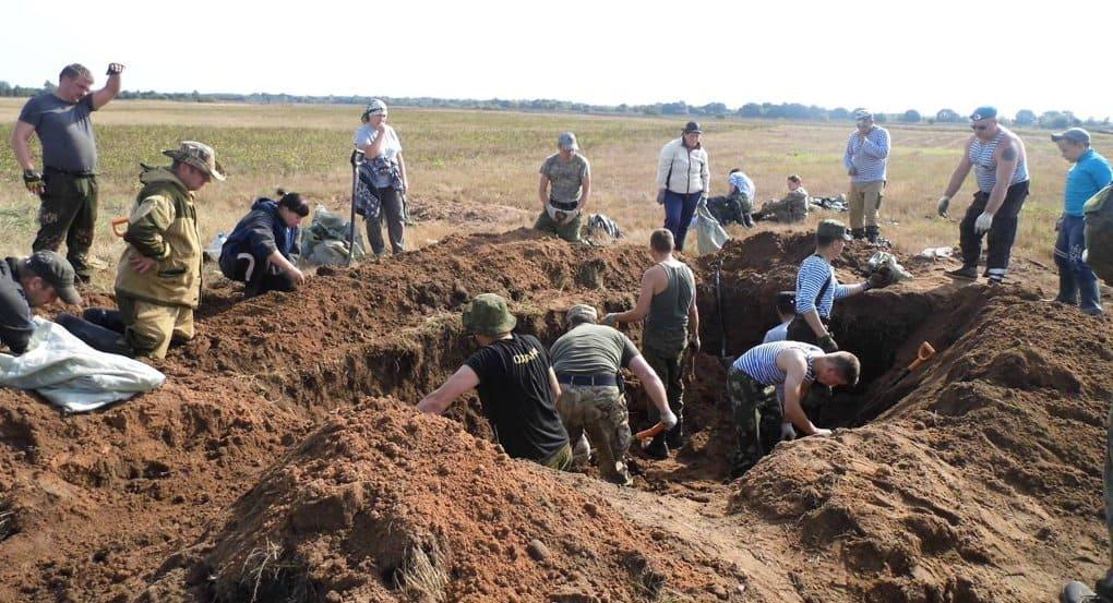 Останки 100 красноармейцев нашли на полях сражений в Псковской области