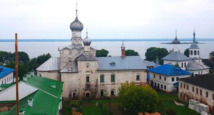 В Ростове Великом храм XVII века спасают от разрушения с помощью электронных маяков и биоцидов
