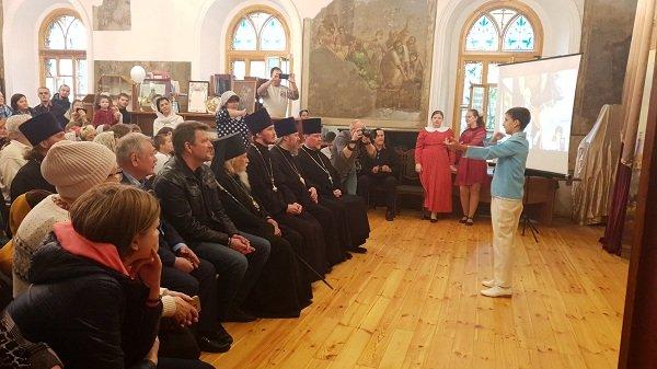 Первую инклюзивную воскресную школу для детей открыли в Москве