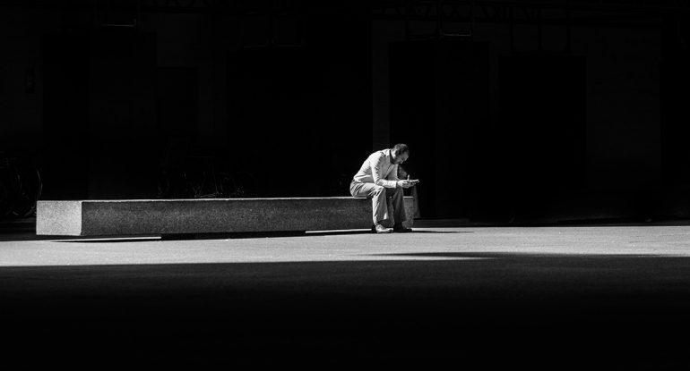 Неразделенная любовь на грани суицида. Как быть?