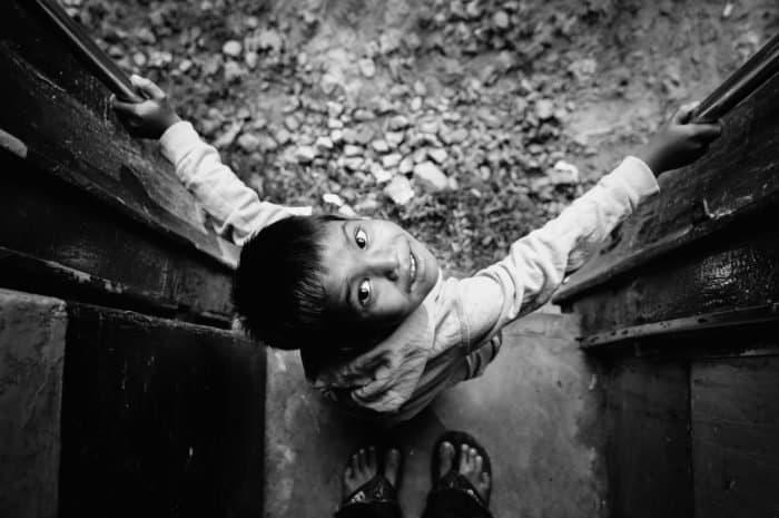Отец Нектарий сидел на полу и играл в куклы — необыкновенная история одного из последних оптинских старцев