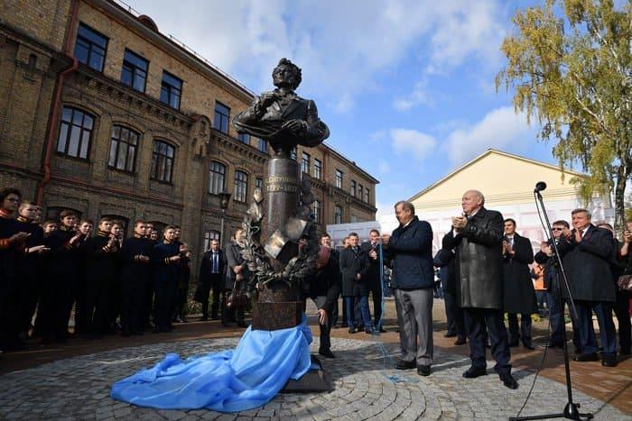 Сквер с памятником в честь Александра Пушкина открыли в Бресте