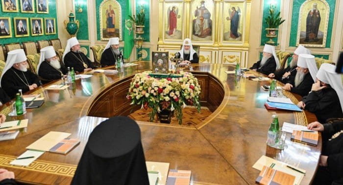 Русская Церковь прекращает евхаристическое общение с греческими архиереями, признавшими раскольников на Украине