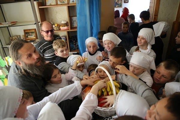 По одному новому приюту для женщин с детьми открыла Церковь в Крыму и Приморье
