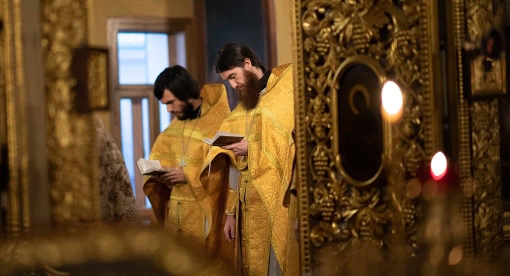 Священник и духовник - это одно и то же?