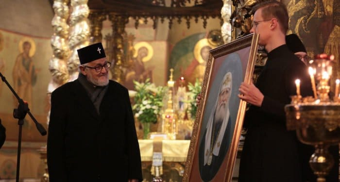 К святителю Тихону: делегация Архиепископии приходов русской традиции в Донском монастыре