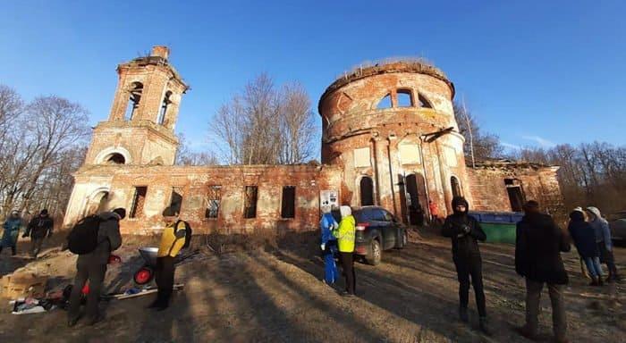 Фонд «Белый Ирис» ждет самых смелых во втором зимнем лагере в Дегтево с 6 по 8 декабря