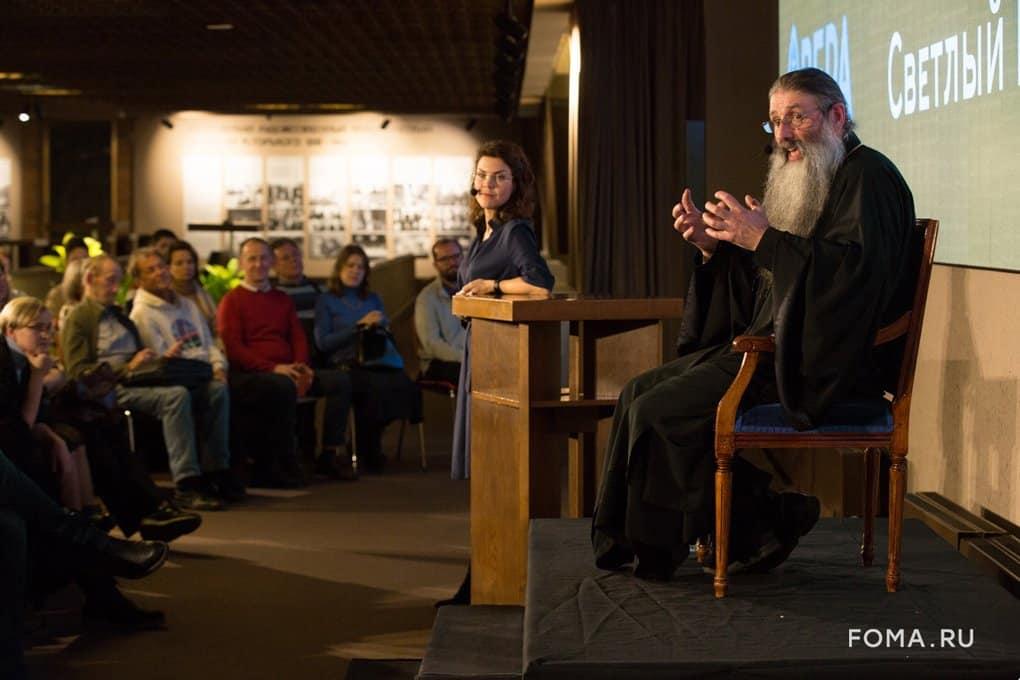 Открытый разговор о наших детях: многодетный священник Максим Первозванский ответил на вопросы гостей «Светлого вечера о...