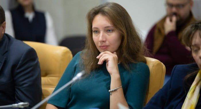 Представитель Церкви рассказала Владимиру Путину о значимой роли НКО в профилактике абортов