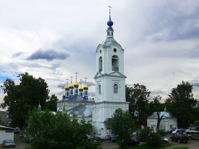 Свято-Покровский храм г. Покров. Здесь служил пономарем С. И. ФудельФото vk.com/fudel