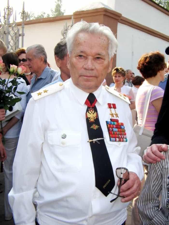 О чем жалел Михаил Калашников в конце жизни: письмо великого конструктора Патриарху
