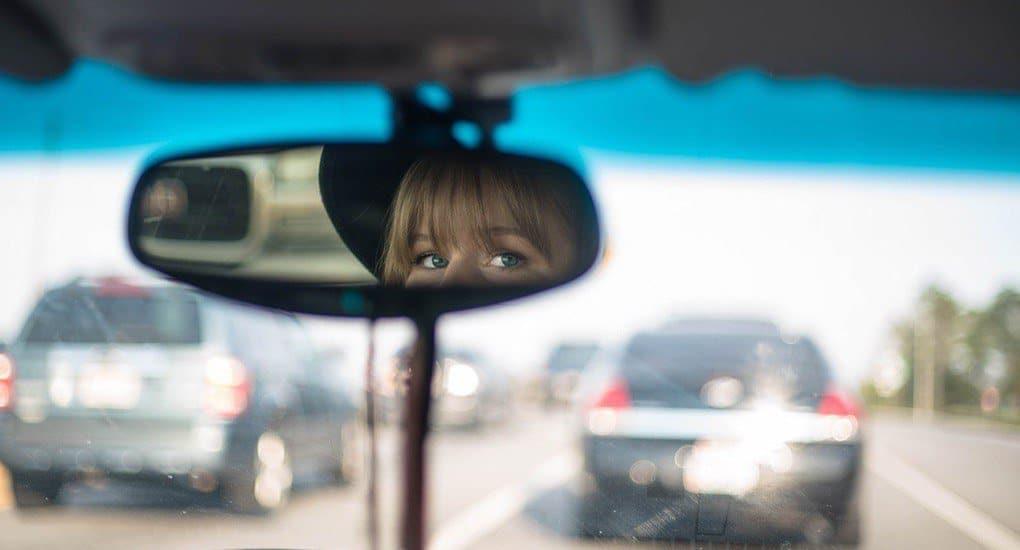Как Церковь относится к иконам в машине?