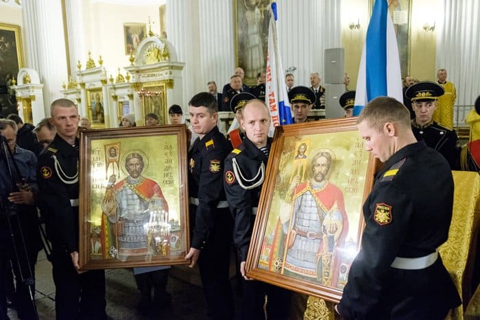 Для морпехов России освятили иконы святого князя Александра Невского