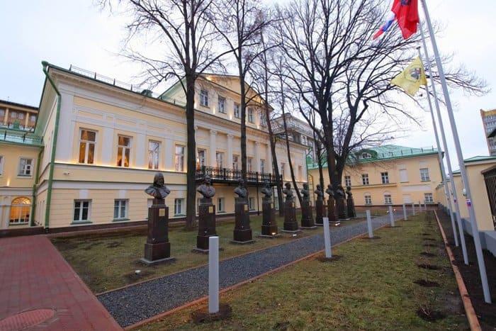 Музей военной формы открылся в Москве: его назвали центром музейной педагогики