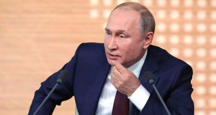 Великая Отечественная война велась за сохранение восточнославянского этноса, считает Владимир Путин