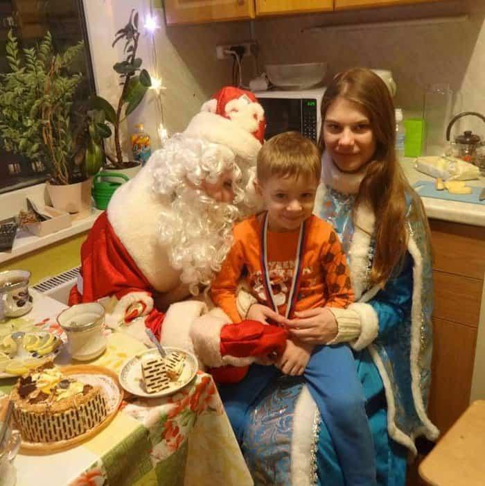 Стартовала акция «Рождественский подарок» в помощь нуждающимся семьям