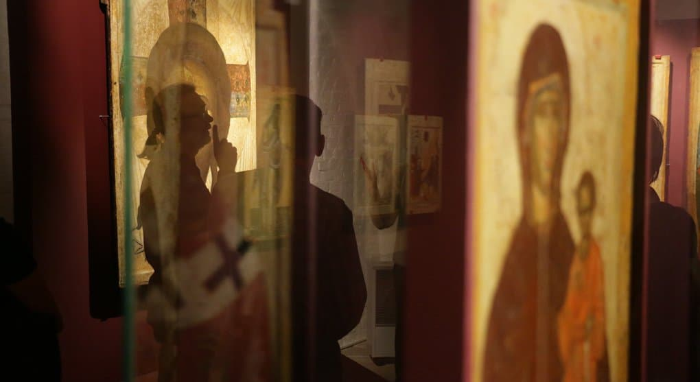 Создан мобильный видеогид на жестовом языке по музею Андрея Рублева