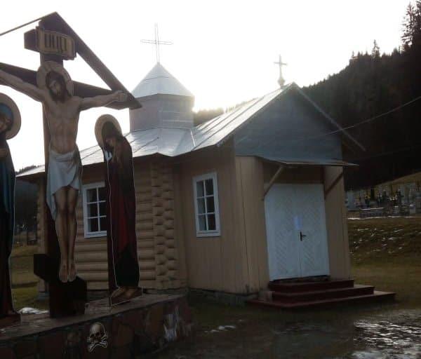 В Ивано-Франковской области захвачен храм Украинской Православной Церкви