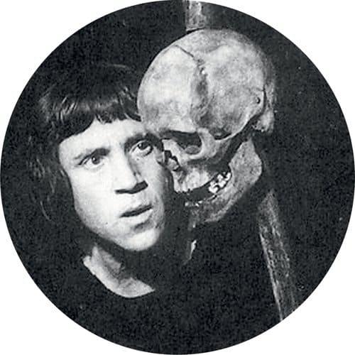 «Гамлет»: что так зацепило Пастернака в этой пьесе