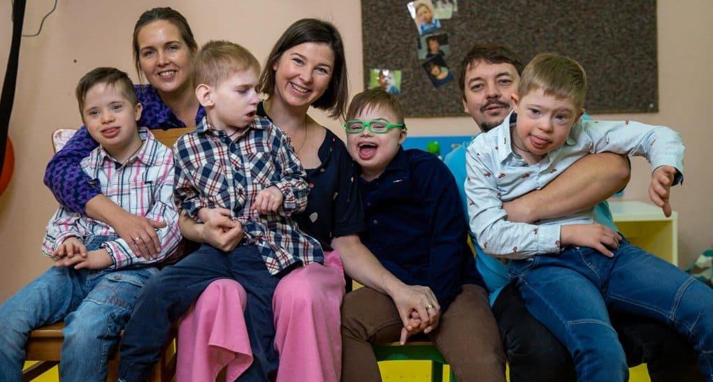 Служба «Милосердие» продолжила акцию в помощь детям с инвалидностью и тем, кто с ними работает