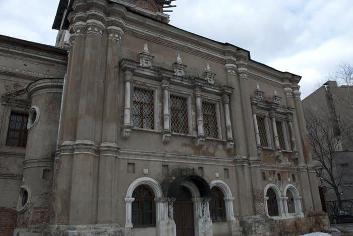 Спасем древний монастырь, который когда-то спасал Москву!
